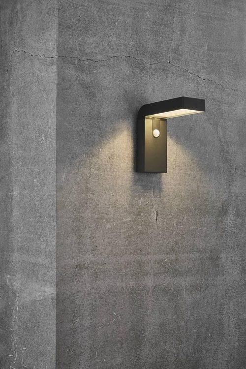 Alya Solar Wall Light Application